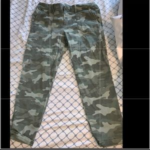 Old Navy Camouflage Capris